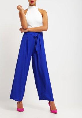 https://www.zalando.it/yumi-pantaloni-cobbalt-blue-yu121a009-k11.html