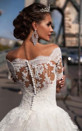 http://www.okmi.it/abito-da-sposa-con-perline-sirena-spazzola-treno-sexy-pudica-p290200578.html